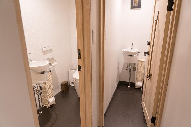 トイレは2つ