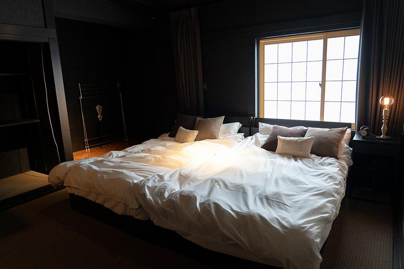 マスターベッドルームとゲストベッドルームの2室
