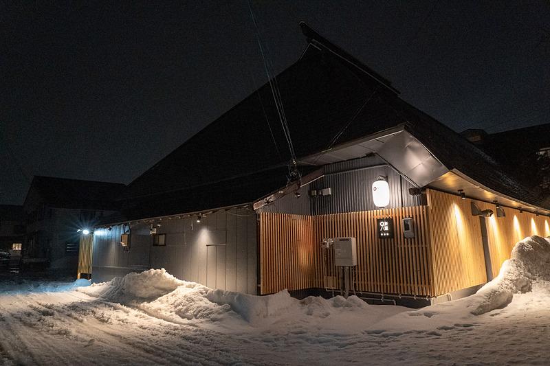 夜の壱番館。照明の当て方が素敵ですね