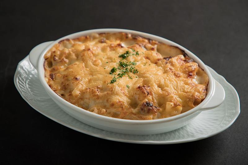 カレーやオムライス、ハンバーグといった洋食カテゴリーで人気のある料理が提供される(写真提供:JR九州)