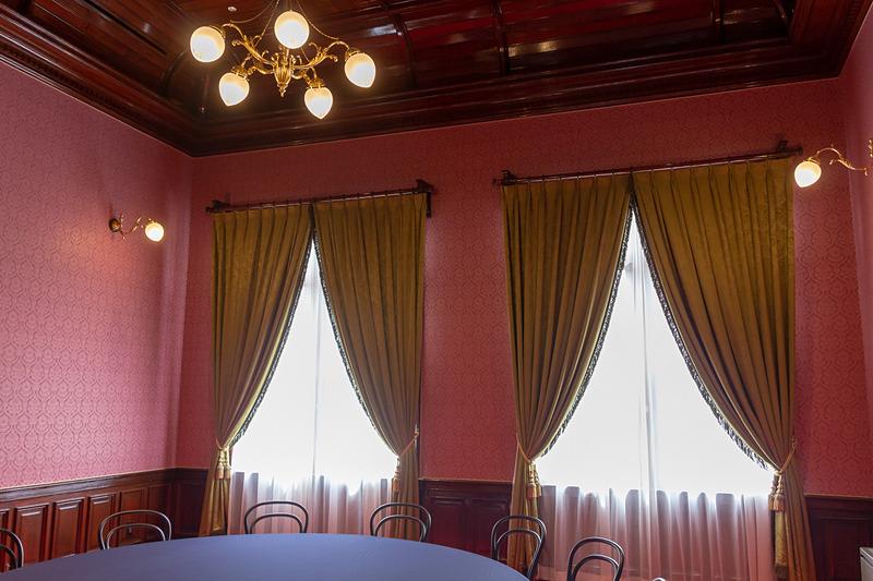 大正時代には天皇陛下や皇族方が休憩室として使用された記録も残っている
