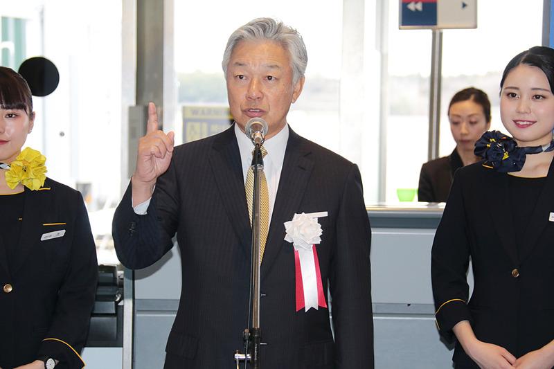 「1に安全、2に定時運航率の向上、日本一を目指してやってきました」と語る佐山会長
