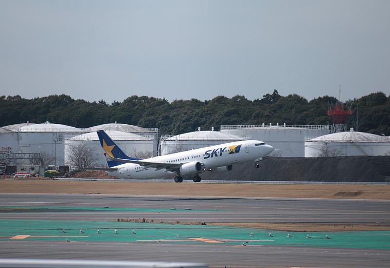 BC801便は172名(幼児3名含む)を乗せて、10時11分にサイパンに向けて飛び立って行った