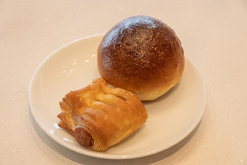 取材時にあったそのほかのパンは「あらびきウインナーデニッシュ」「六甲山麓ミルクパン」「チーズパン」「宇治抹茶デニッシュ」
