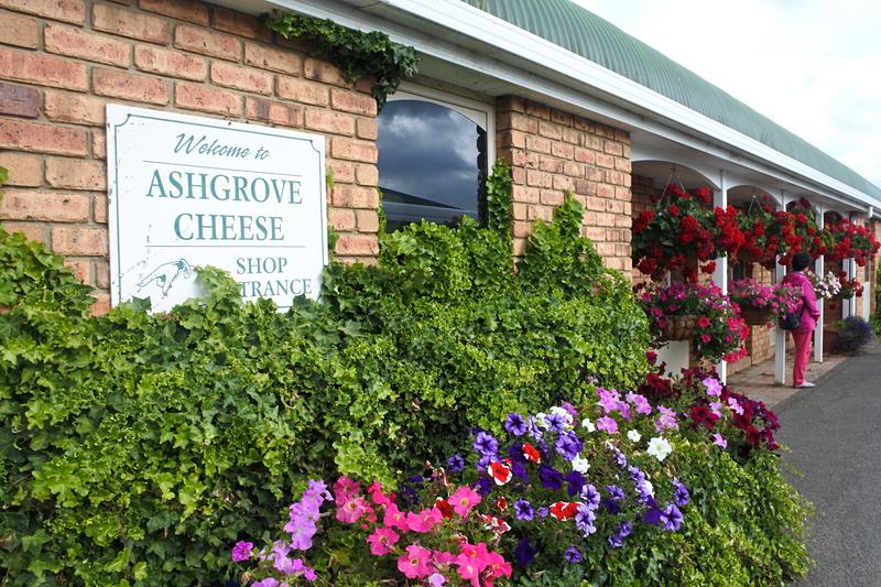 花々が咲く花園のような「ASHGROVE TASMANIAN FARM」