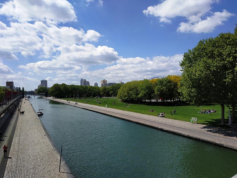 パリで一番大きな公園「La Villette(ラ・ヴィレット)」。パリ19区にあります
