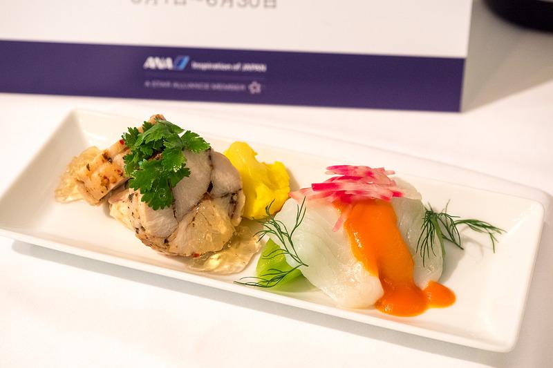 ハーブチキンとXO醤風味のポテトサラダ 三重県産鱸藻塩のマリネとトマトのヴィネグレット