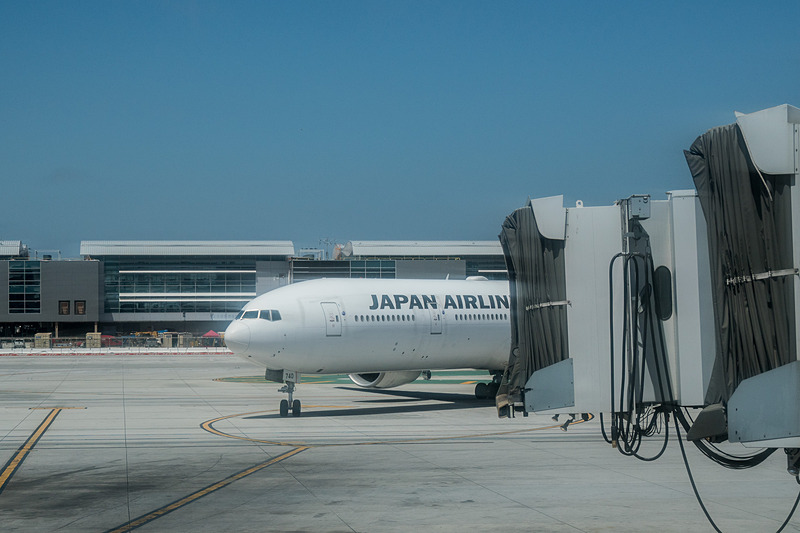 成田発のJL62便が到着。折り返し成田行きのJL61便となる