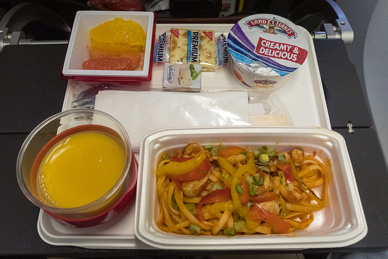 JL61便2回目の機内食