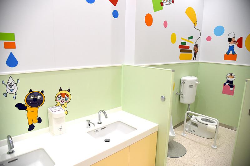 トイレトレーニング中の子供向けにキッズトイレを用意