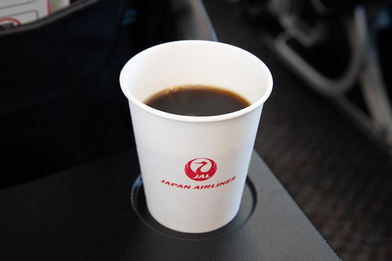 JALの国内線で楽しめる夏限定の「JAL CAFE LINES」アイスコーヒー