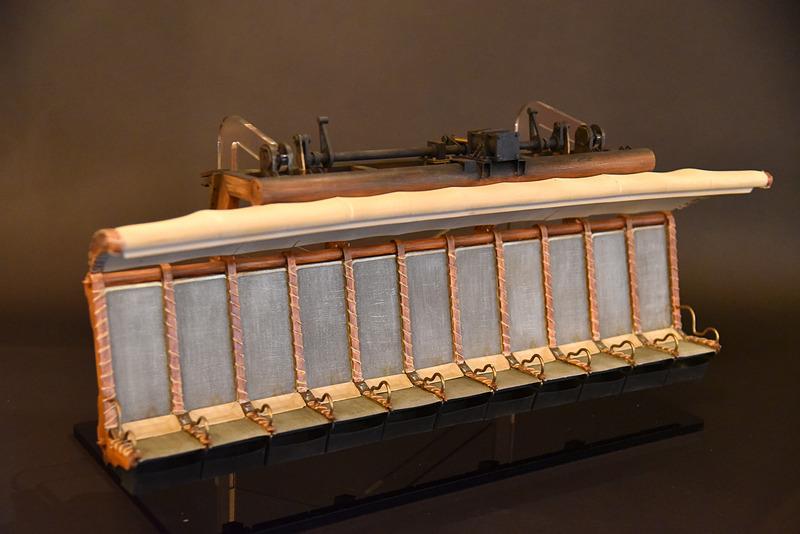 空飛ぶ乗り物「ドリームフライヤー」の模型