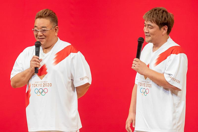宮城県出身のお笑いタレント・サンドウィッチマンの伊達みきおさんと富澤たけしさん