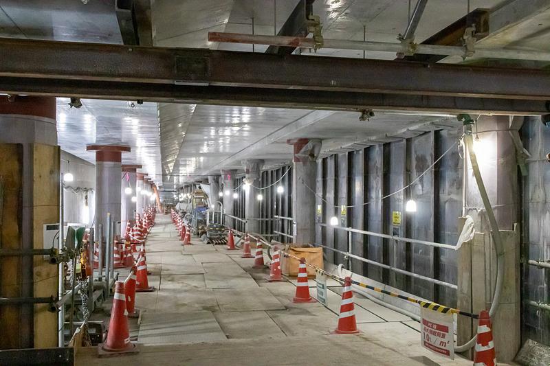 東京2020大会前の開業を目指して工事が進められている「虎ノ門ヒルズ駅」のホーム