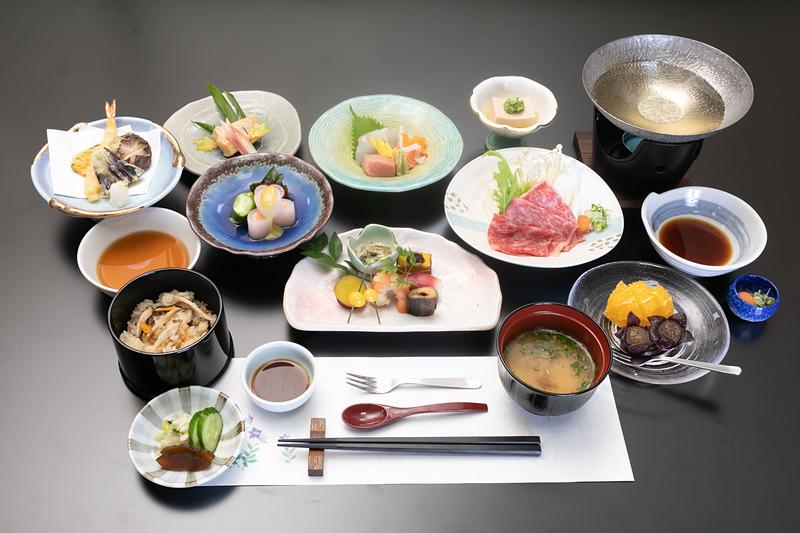夕食「特別門前懐石」イメージ