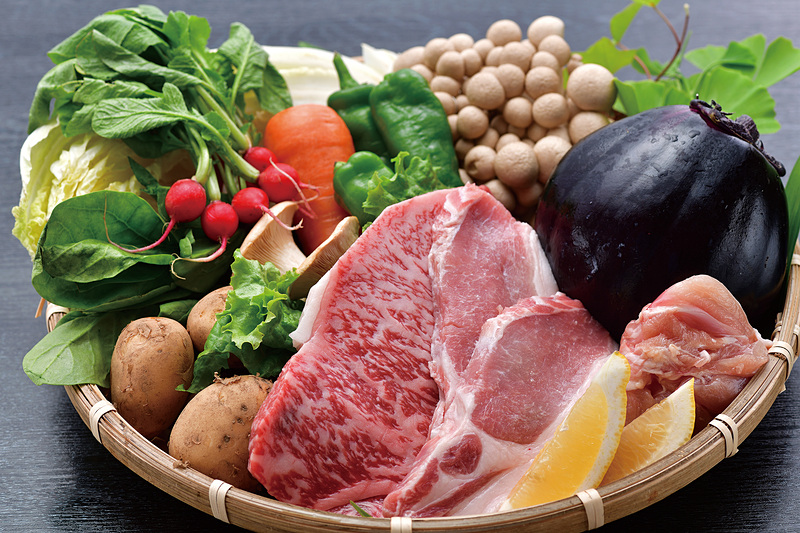 伝統大和野菜など地域食材を活用