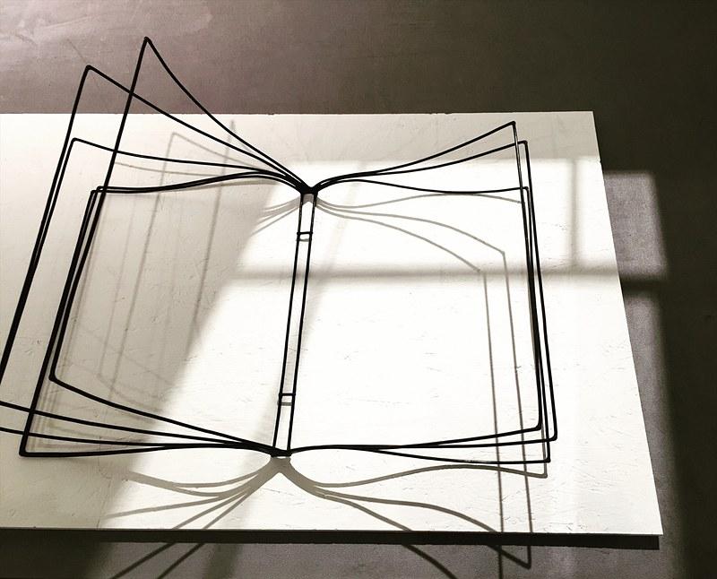 尾崎雅子「Blank Pages」(2018)