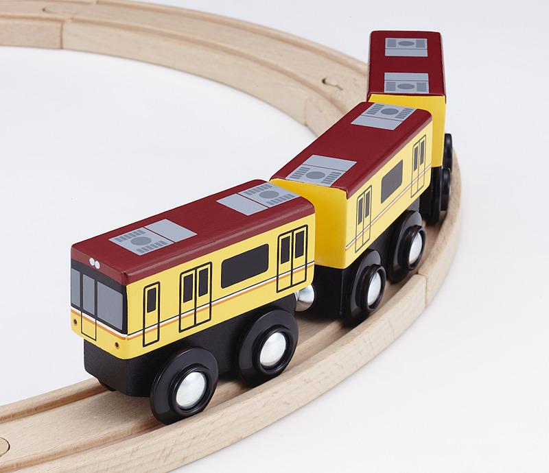 moku TRAIN東京メトロ銀座線1000系