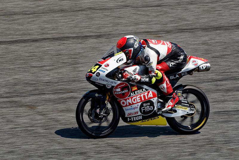 Moto3クラスで活躍する今最もホットな日本人選手、鈴木竜生選手の走り