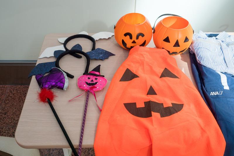 ハロウィンの仮装や子供向け制服を着て撮影を楽しめる