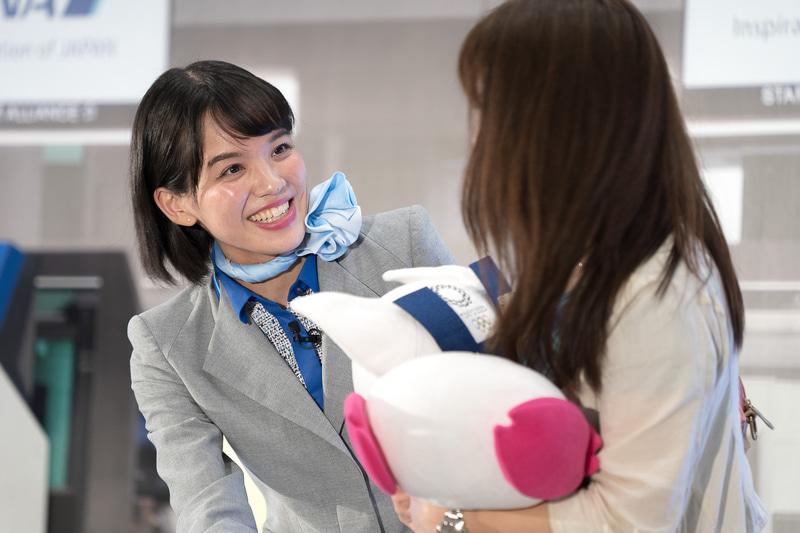 長崎空港の杉町碧さんは、終始笑顔でわかりやすく丁寧な応対が印象的だった