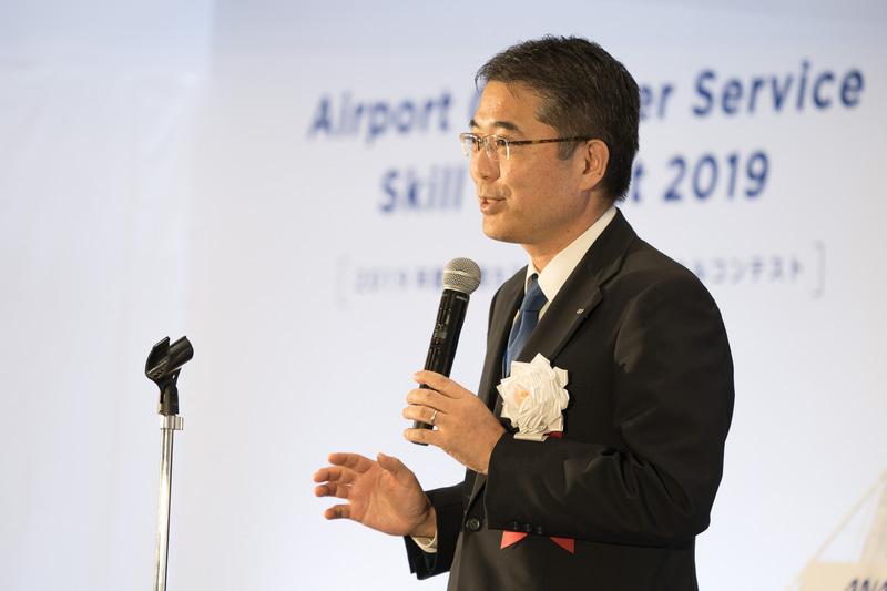 「ここまで非常にレベルの高いパフォーマンスを見せてもらった。審査員はかなり苦労するのでは」と述べた全日本空輸株式会社 執行役員 マーケティング室副室長の高橋誠一氏
