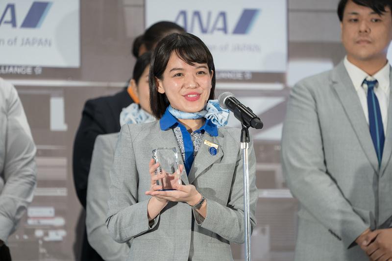 審査員特別賞は長崎空港の杉町碧さん。