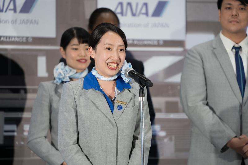 準グランプリの3人目は羽田空港の松尾彩音さん