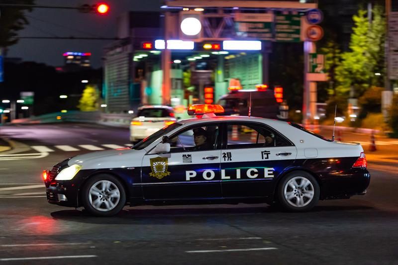 首都高霞が関ランプ付近を巡回していた警視庁麹町警察署所属の180系クラウンパトロールカー「麹町30」。交通取締用四輪車一般道路用として導入されたが、近年は警備事案に専従している