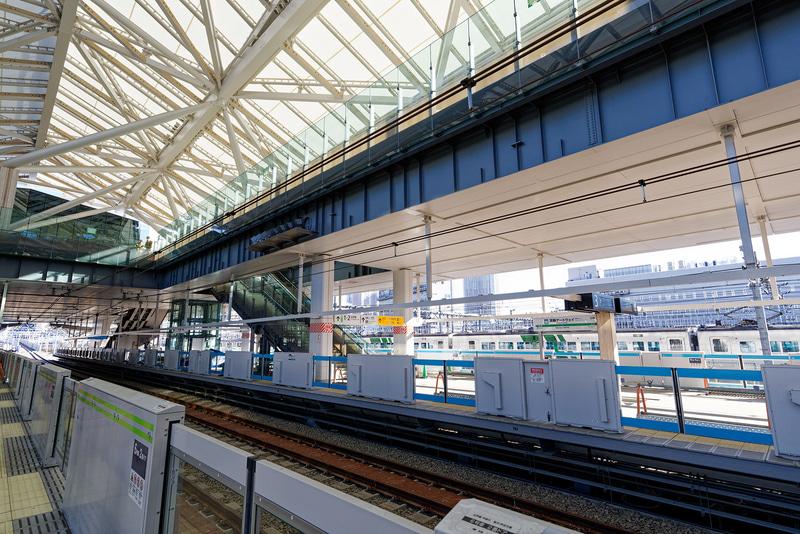 山手線のホーム。11月16日に実施された山手線、京浜東北線の切り替え工事後は、ここを列車が通過することになる