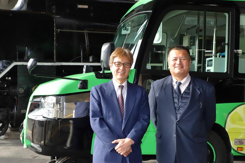 阿佐海岸鉄道株式会社 代表取締役専務 井原豊喜氏(左)、運行部長 喜多利恭氏(右)