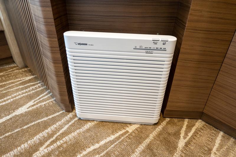 薄型の空気清浄機