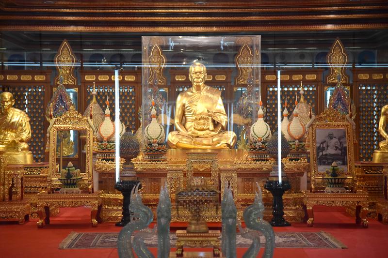 4階のメモリーホールは瞑想の場。静かに己と向き合おう