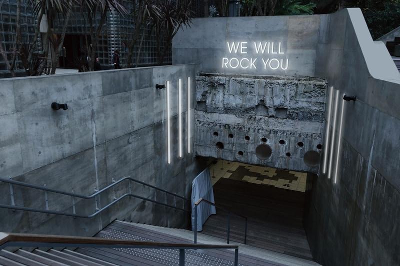 「We Will Rock You」をテーマに音を奏でる階段も登場