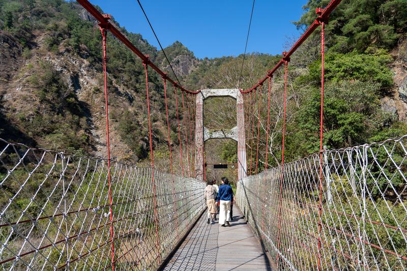 大甲渓にかかる「サオライ吊橋」