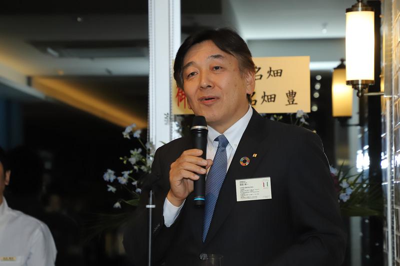 あいさつに続き、乾杯の音頭をとった日本国土開発株式会社 建築事業本部 副本部長 依田耕一氏