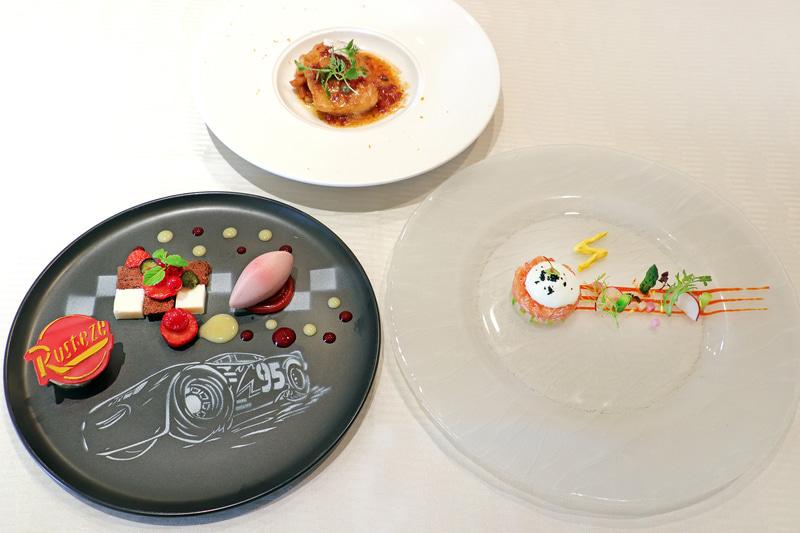 """「""""ピクサー・プレイタイム""""ランチコース」(5500円)のコース5品から前菜、メイン、デザートの3皿"""