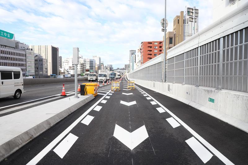 16号大阪港線、3号神戸線の合流店付近は渋滞が多く、車線増設によりで渋滞解消が期待できる