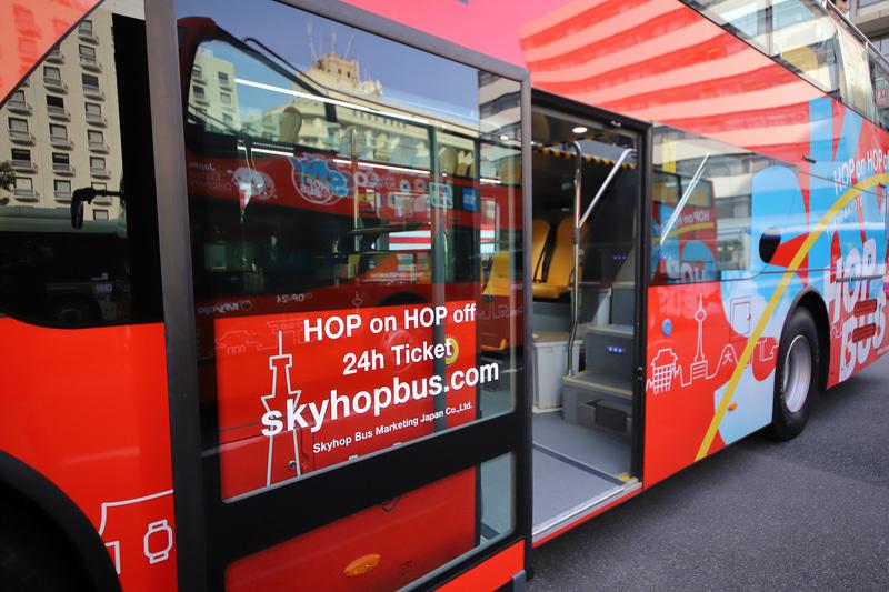 新型バスは低床タイプで乗降時の段差も少ない