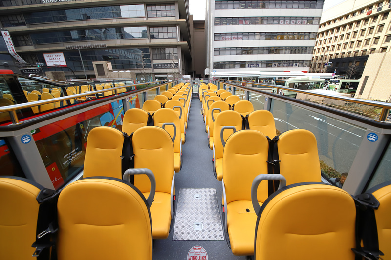 座席の配置などは「ハーフループオープンタイプ」と大きな差はない