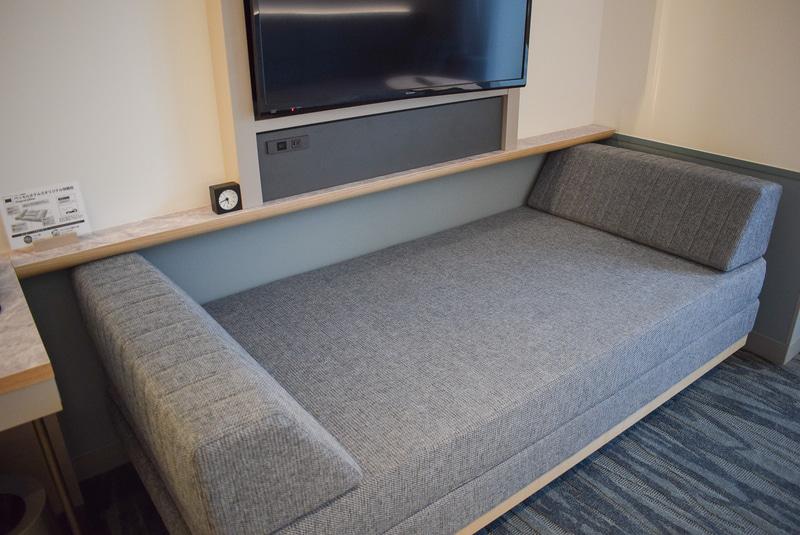 スーペリアガーデンルームに設置されているソファベッド