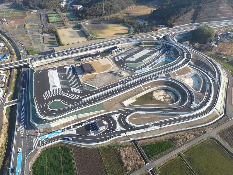 岐阜三輪PA/スマートICの空撮写真
