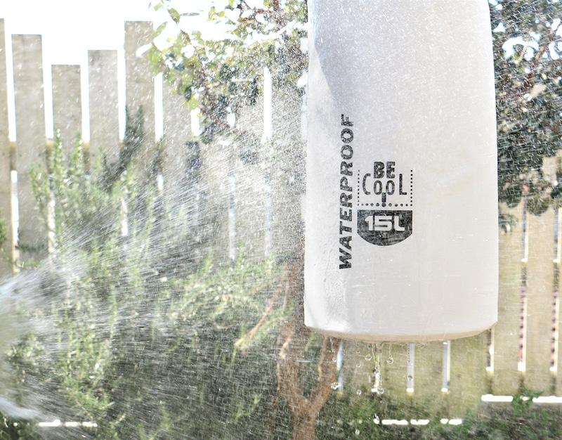 保冷や保温・防水など全8種類の機能を備える