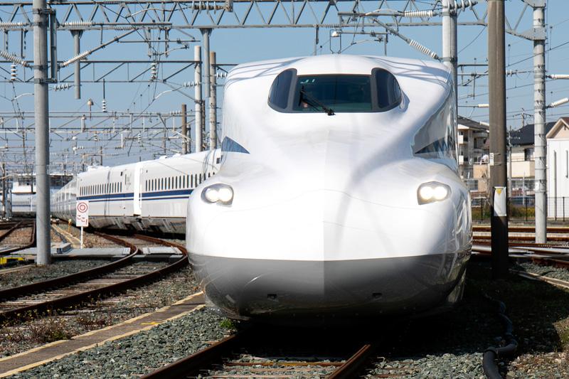 JR東海は7月1日に営業投入を予定している新幹線新車両「N700S量産車」第一編成の内部写真などを公開した