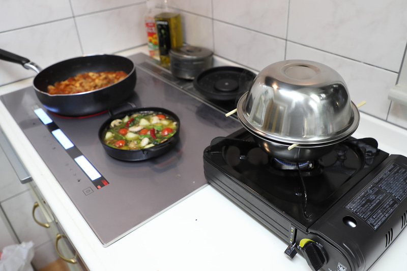 熱燻は素早くつくる必要があるので、ほかの料理ができてからチャレンジした