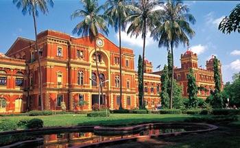 ライブ配信でミャンマーの街を届けるツアーも