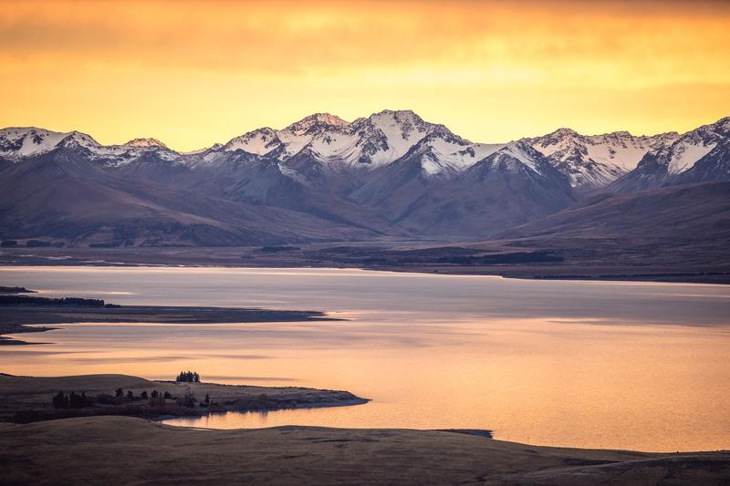 ニュージーランド政観が、マオリ暦の新年「マタリキ」にちなんで、テカポ湖の星空をライブ配信する