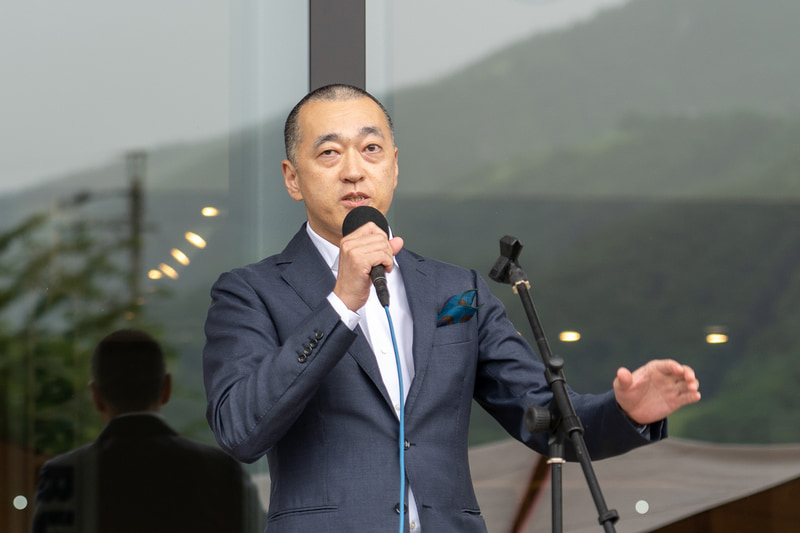 「Restaurant雪峰」を監修した「神楽坂石かわ」店主の石川秀樹氏
