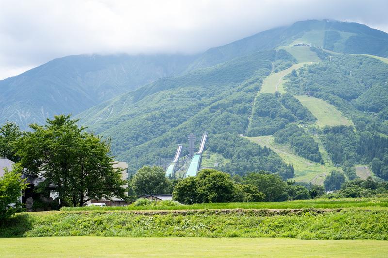 目の前にはこんな景色が。ジャンプ台も見えます