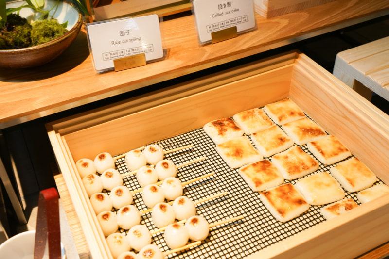 和菓子のデザートも用意されている